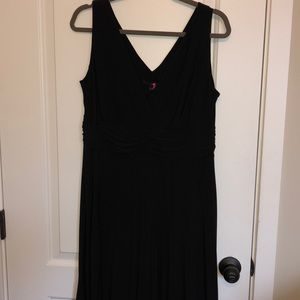 NWT Simply Be Black pleated dress